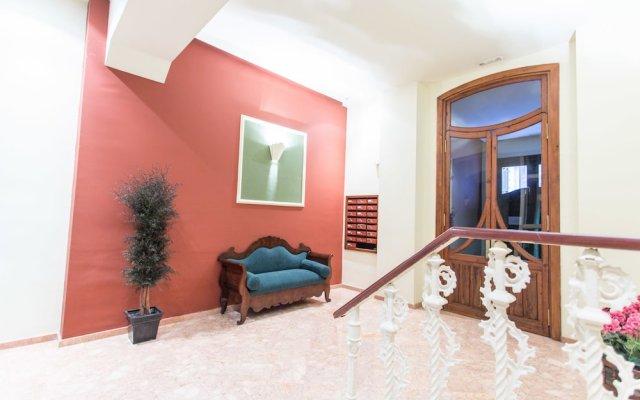 Отель Saint Ferdinand Rooms & Breakfast Валенсия вид на фасад