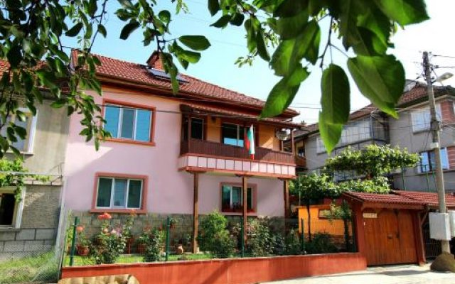 Отель Koliu Malchovata House Болгария, Трявна - отзывы, цены и фото номеров - забронировать отель Koliu Malchovata House онлайн вид на фасад