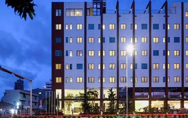 Отель Wonder Hotel Colombo Шри-Ланка, Коломбо - отзывы, цены и фото номеров - забронировать отель Wonder Hotel Colombo онлайн вид на фасад