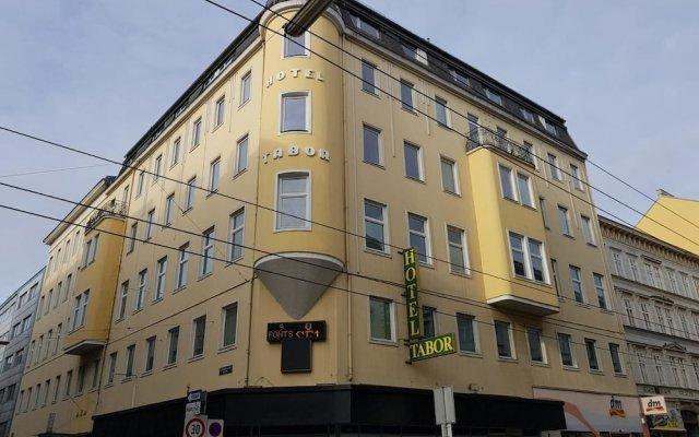 Отель City Hotel Tabor Австрия, Вена - отзывы, цены и фото номеров - забронировать отель City Hotel Tabor онлайн вид на фасад
