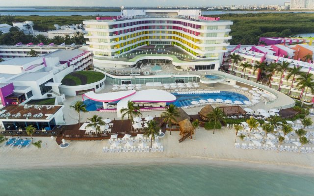 Отель The Tower by Temptation Cancun Resort - All Inclusive - Adults Only пляж