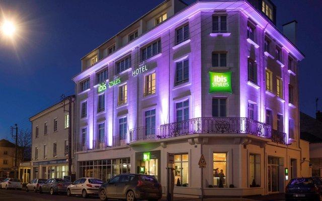 Отель ibis Styles Saumur Gare Centre Франция, Сомюр - отзывы, цены и фото номеров - забронировать отель ibis Styles Saumur Gare Centre онлайн вид на фасад