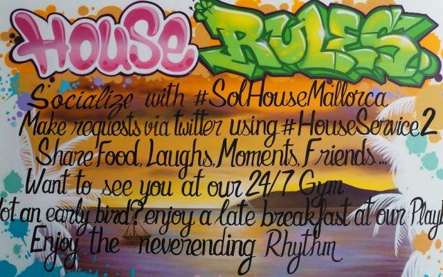 Апартаменты Sol House The Studio Calviá Beach вид на фасад