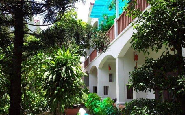 Отель Loc Phat Homestay Хойан вид на фасад