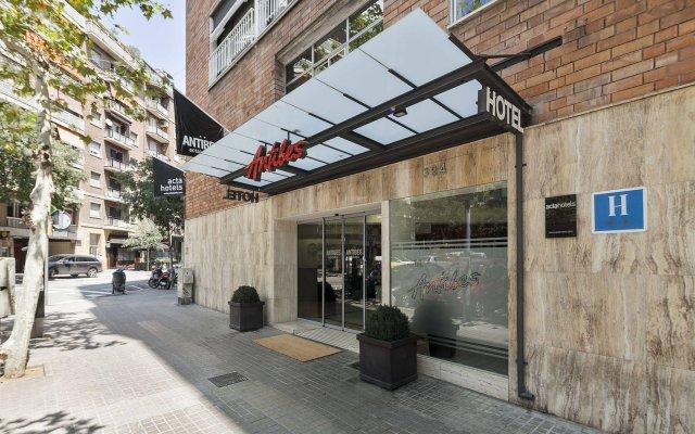 Отель Acta Antibes Барселона вид на фасад