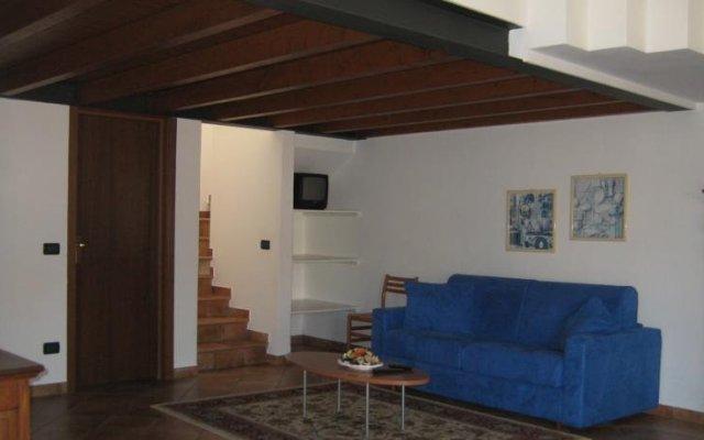 Отель A Casa da Franz Манерба-дель-Гарда комната для гостей