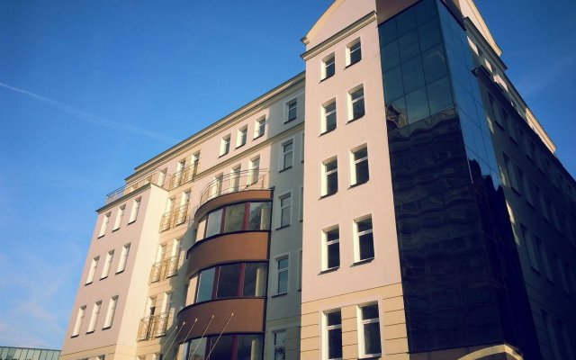 Отель Desilva Premium Poznan Познань вид на фасад