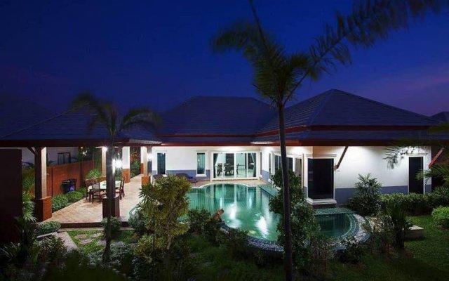 Отель Thammachat P3 Victoria Pool Villa вид на фасад
