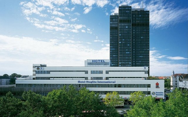 Hotel Steglitz International вид на фасад
