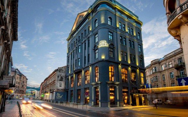 Гостиница Астория Украина, Львов - 1 отзыв об отеле, цены и фото номеров - забронировать гостиницу Астория онлайн вид на фасад