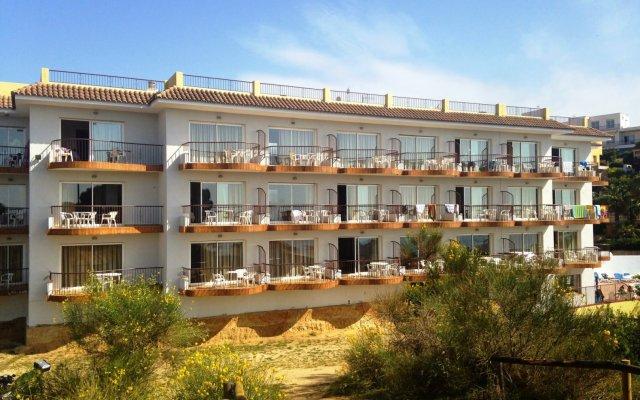 Отель Apartaments AR Muntanya Mar Испания, Бланес - отзывы, цены и фото номеров - забронировать отель Apartaments AR Muntanya Mar онлайн вид на фасад