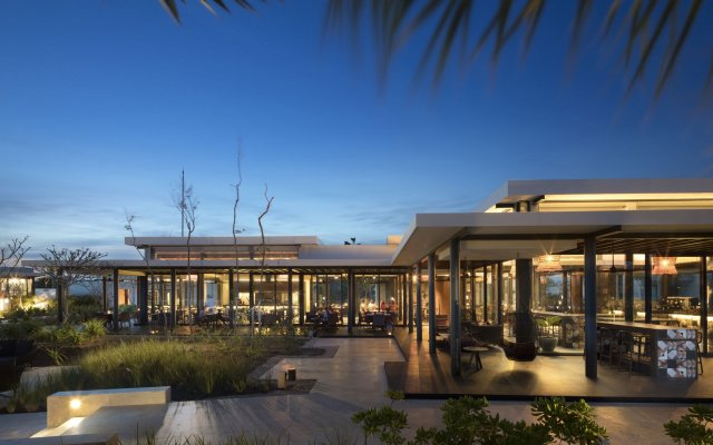 Отель Andaz Mayakoba - a Concept by Hyatt вид на фасад