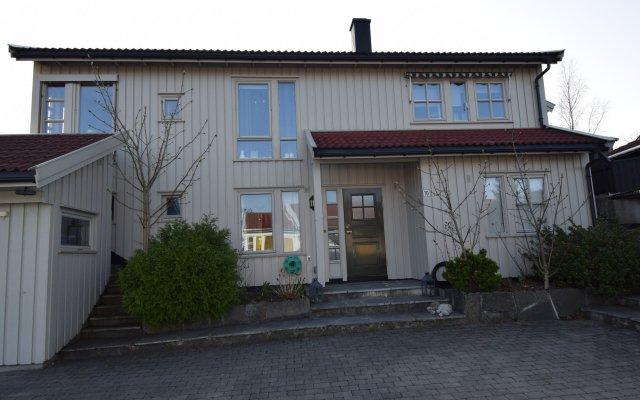 Отель Solferie Holiday Home Marthas vei Норвегия, Кристиансанд - отзывы, цены и фото номеров - забронировать отель Solferie Holiday Home Marthas vei онлайн вид на фасад