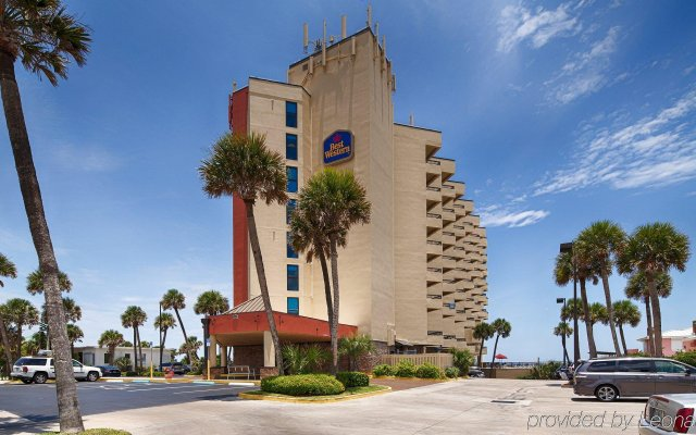 Отель Best Western Oceanfront - New Smyrna Beach вид на фасад
