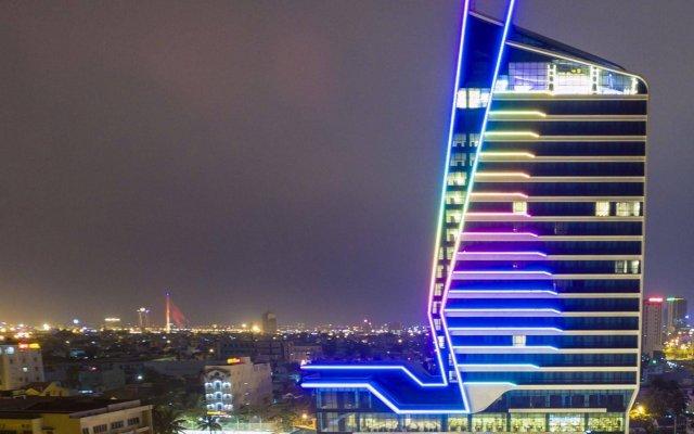 Tourane Hotel вид на фасад