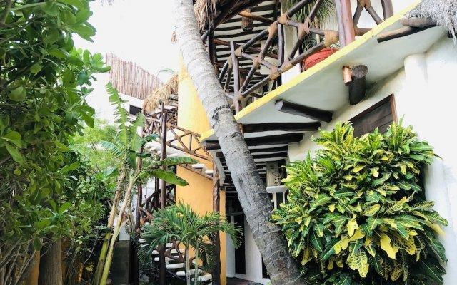 Отель Beachfront Hotel La Palapa - Adults Only Мексика, Остров Ольбокс - отзывы, цены и фото номеров - забронировать отель Beachfront Hotel La Palapa - Adults Only онлайн вид на фасад