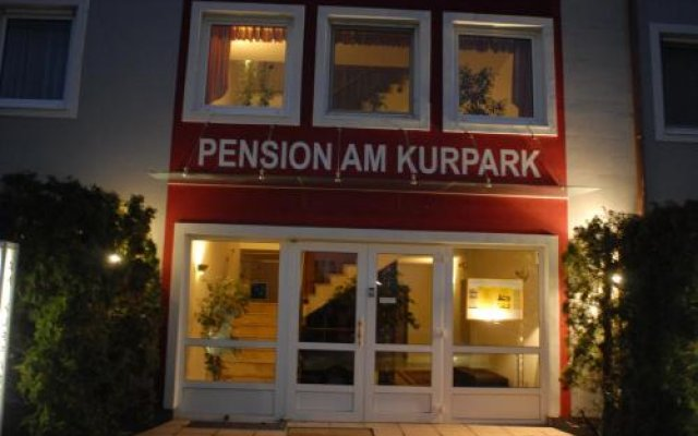 Отель Pension am Kurpark Вена вид на фасад