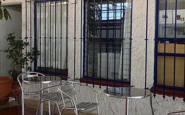Hotel Arana вид на фасад