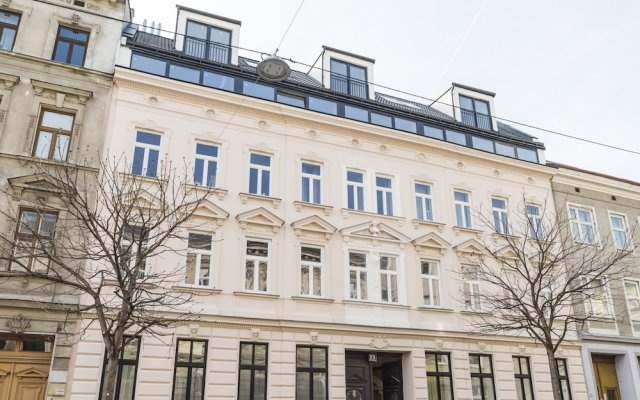 Отель Heart of Ottakring by Welcome2Vienna Вена вид на фасад