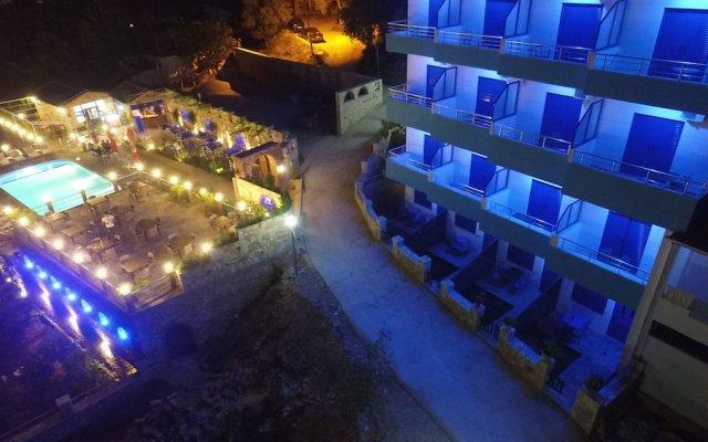 Отель Itaka Hotel Албания, Химара - отзывы, цены и фото номеров - забронировать отель Itaka Hotel онлайн вид на фасад