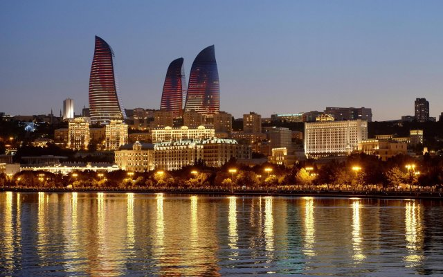 Отель Fairmont Baku at the Flame Towers Азербайджан, Баку - - забронировать отель Fairmont Baku at the Flame Towers, цены и фото номеров вид на фасад