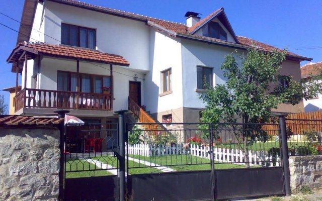 Отель Iundova Guest House Болгария, Боровец - отзывы, цены и фото номеров - забронировать отель Iundova Guest House онлайн вид на фасад