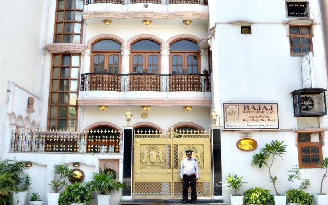 Отель Bajaj Indian Home Stay вид на фасад