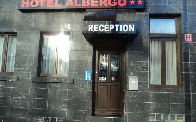 Отель Albergo Бельгия, Брюссель - 3 отзыва об отеле, цены и фото номеров - забронировать отель Albergo онлайн вид на фасад