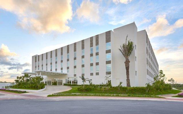City Express Suites Cancún Aeropuerto Riviera