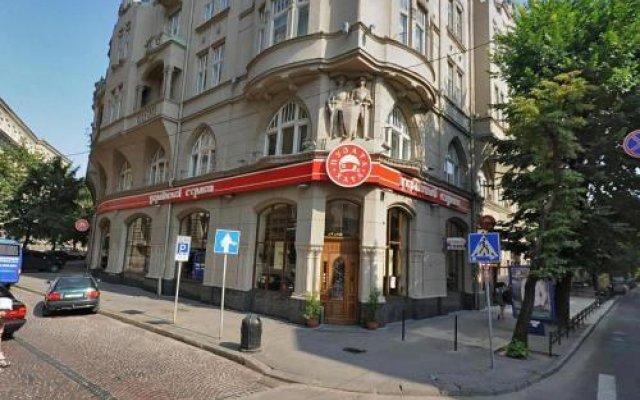 Centrum Hostel Львов вид на фасад