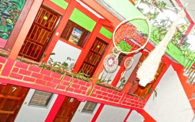 Отель & Hostal Yaxkin Copan Гондурас, Копан-Руинас - отзывы, цены и фото номеров - забронировать отель & Hostal Yaxkin Copan онлайн вид на фасад
