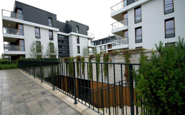 Апартаменты IRS ROYAL APARTMENTS Bursztynowa вид на фасад