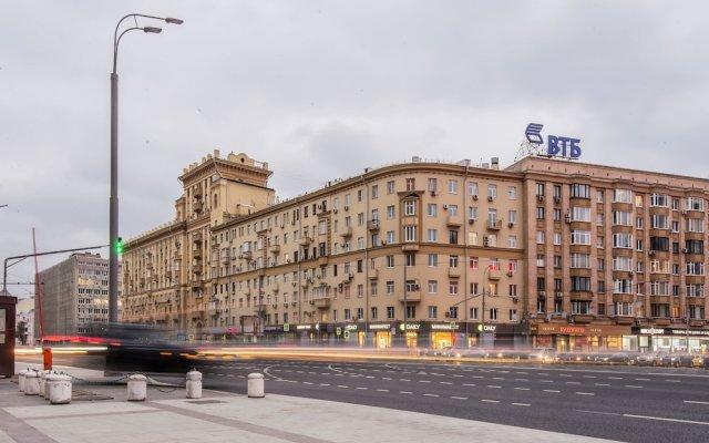 Апартаменты GM Apartment Smolenskaya-Sennaya 27 Москва вид на фасад