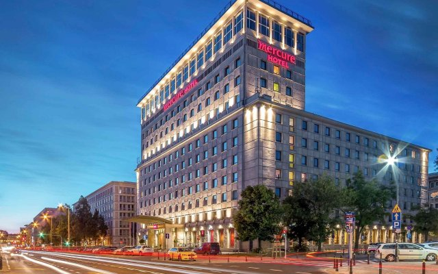 Отель Mercure Warszawa Grand Польша, Варшава - 13 отзывов об отеле, цены и фото номеров - забронировать отель Mercure Warszawa Grand онлайн вид на фасад