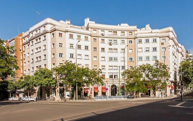 Отель El Viso Smart III вид на фасад