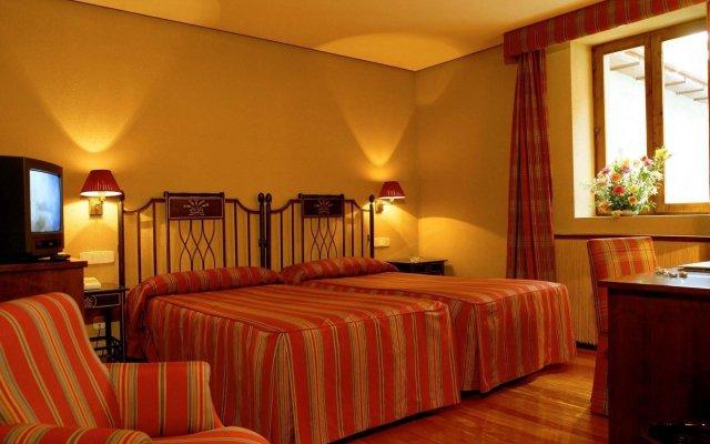 Отель Parador De Hondarribia Испания, Фуэнтеррабиа - отзывы, цены и фото номеров - забронировать отель Parador De Hondarribia онлайн комната для гостей