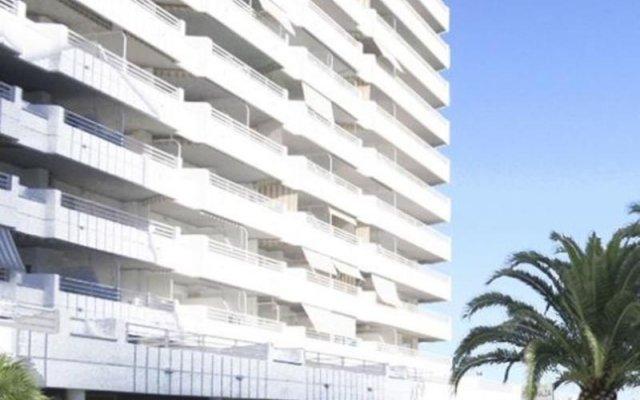 Отель Apartamentos Esmeralda Unitursa вид на фасад