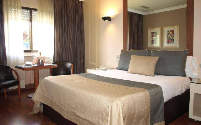 Отель Motel Aeropuerto Испания, Вилабоа - отзывы, цены и фото номеров - забронировать отель Motel Aeropuerto онлайн комната для гостей