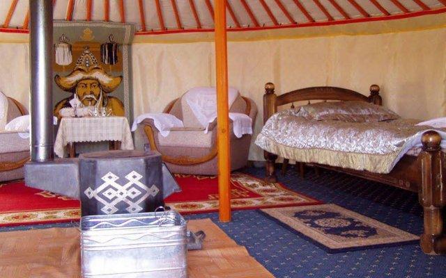 Steppe Nomads Eco Resort at Gungaluut