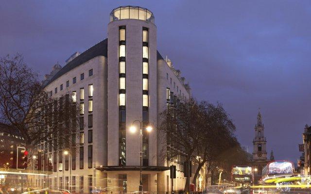 Отель ME London вид на фасад