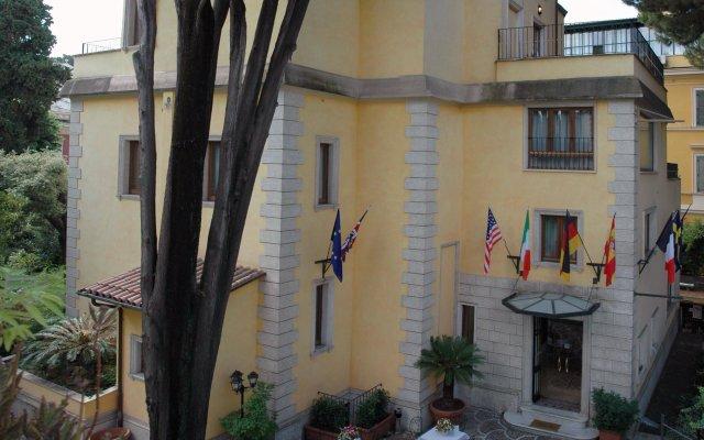 Hotel Relais Patrizi вид на фасад