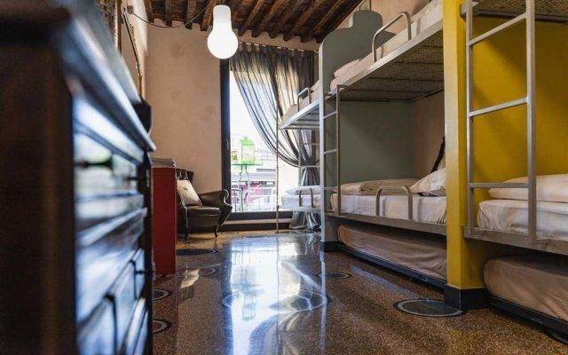 Отель Il Principe Dragut Family Hostel Италия, Генуя - отзывы, цены и фото номеров - забронировать отель Il Principe Dragut Family Hostel онлайн