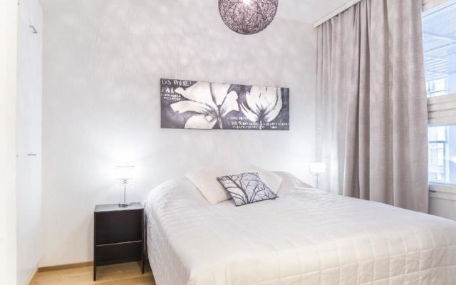 Апартаменты Go Happy Home Apartment Mikonkatu 11 35 Хельсинки комната для гостей