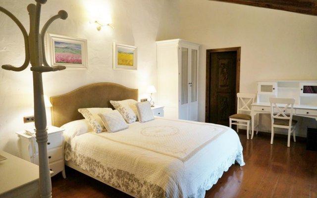 Отель Mas Mordenyach комната для гостей