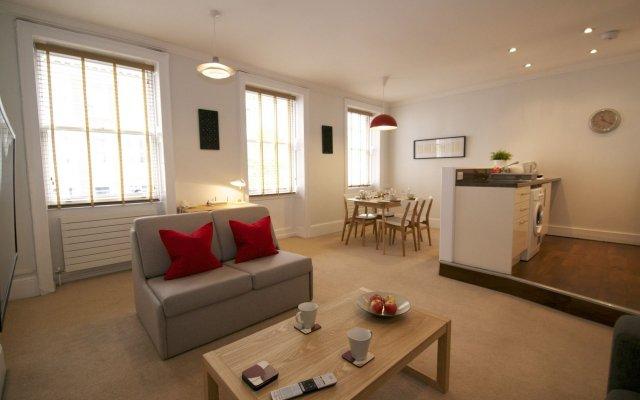 Апартаменты Acorn of London - Gower Apartments комната для гостей
