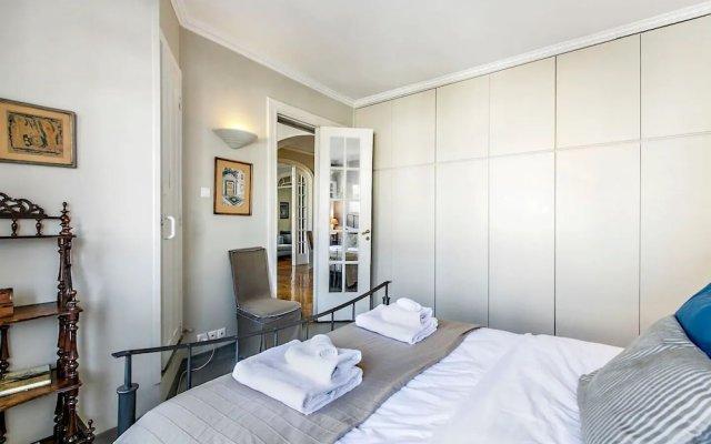 Отель Spacious Apartment in Plaka Athens A3 Греция, Афины - отзывы, цены и фото номеров - забронировать отель Spacious Apartment in Plaka Athens A3 онлайн комната для гостей