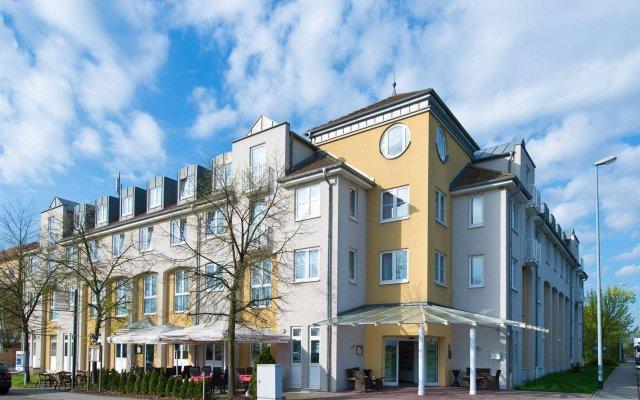 Отель ACHAT Comfort Messe-Leipzig Германия, Лейпциг - отзывы, цены и фото номеров - забронировать отель ACHAT Comfort Messe-Leipzig онлайн вид на фасад