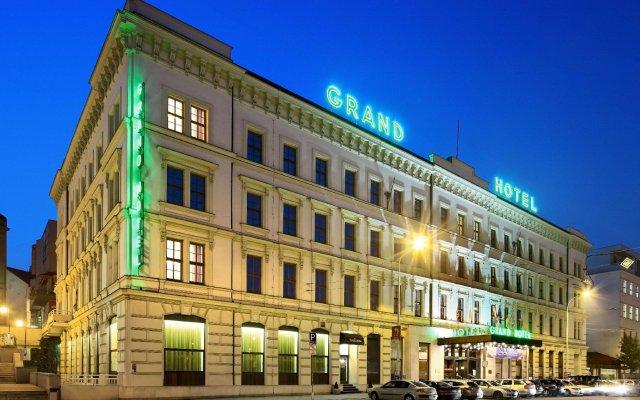 Отель Grandhotel Brno Брно вид на фасад
