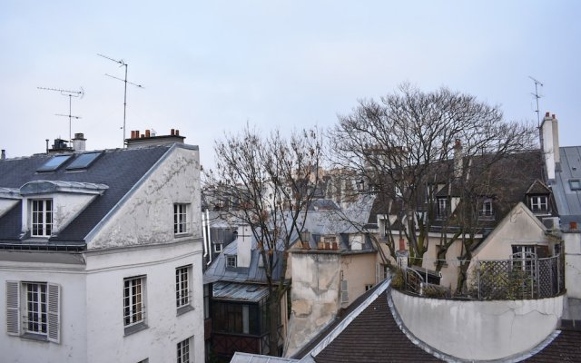 Апартаменты Studio Apartment in Saint-germain-des-prés & Saint-michel комната для гостей