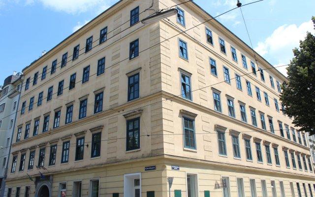 Отель Porzellaneum вид на фасад